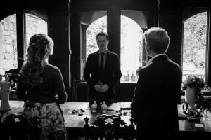 Hochzeitsfotograf auf Schloss Garvensburg bei Fritzlar | © Andreas Bender