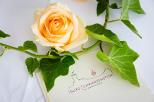 Hochzeit auf Burg Schwarzenstein im Rheingau   © Andreas Bender
